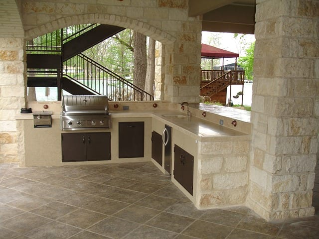 Outdoor Kitchen, Dining, and Living Room Design Ideas
