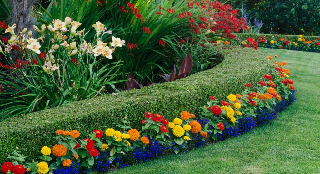 8 Ways To Get The Best From Your Landscape Maintenance Service
